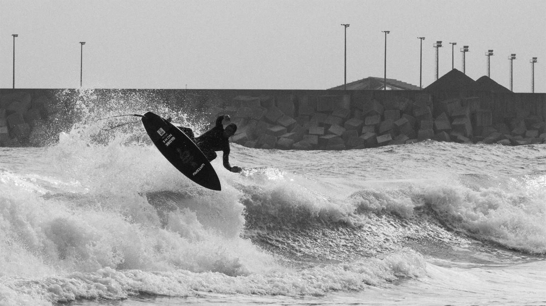 deflow-legi-alonso-futures-finnen-surf